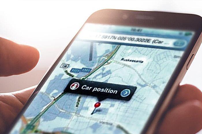 GPS/GSM-styrning i bilen (position)