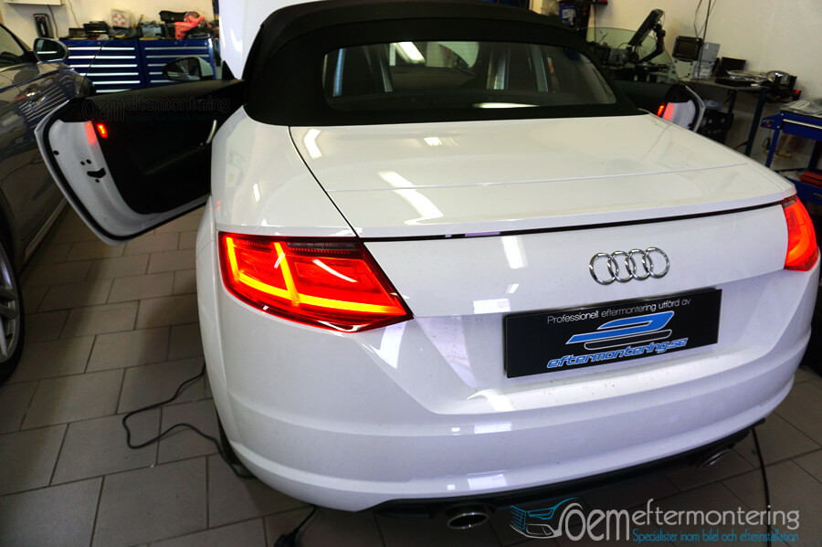 Audi TT Cabriolet aktivering av MMI Navigation med Carplay & Android Auto