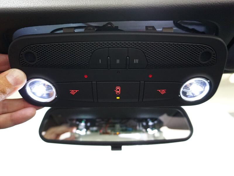 Dubbla mikrofoner i Audi original handsfree